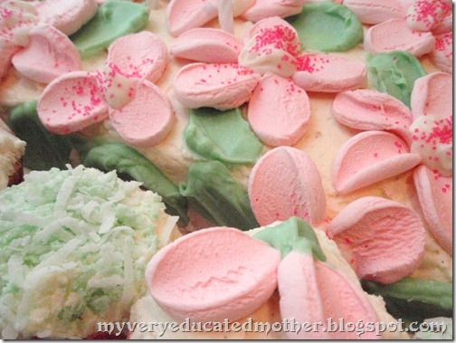 cake decorating with marshmallow flowers food prep ideas ...