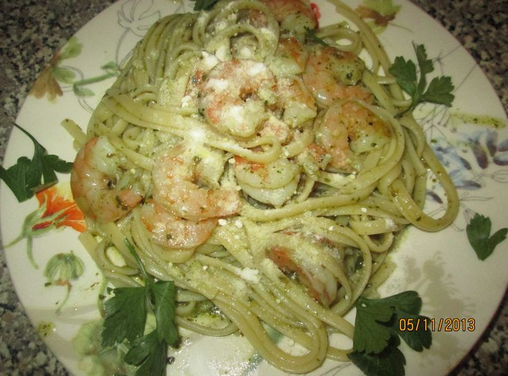 Basil Pesto Pasta w/Shrimp