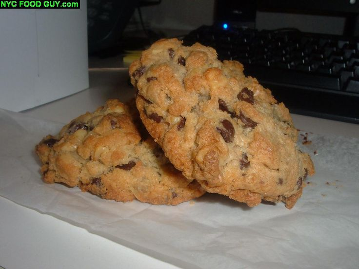 Levain Bakery: The Best Chocolate Chip Walnut Cookie on the Planet