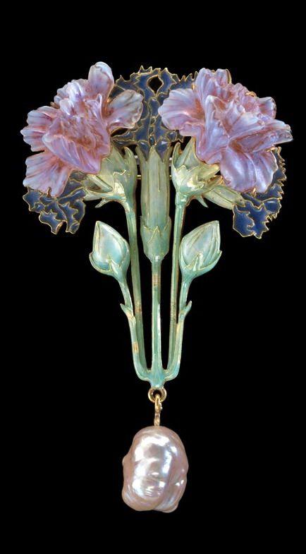 René Lalique. 1897-98 Brooch. Enameled 18K Gold, plique-á-Jour enamel, Pate de Verre glass and baroque Pearl.