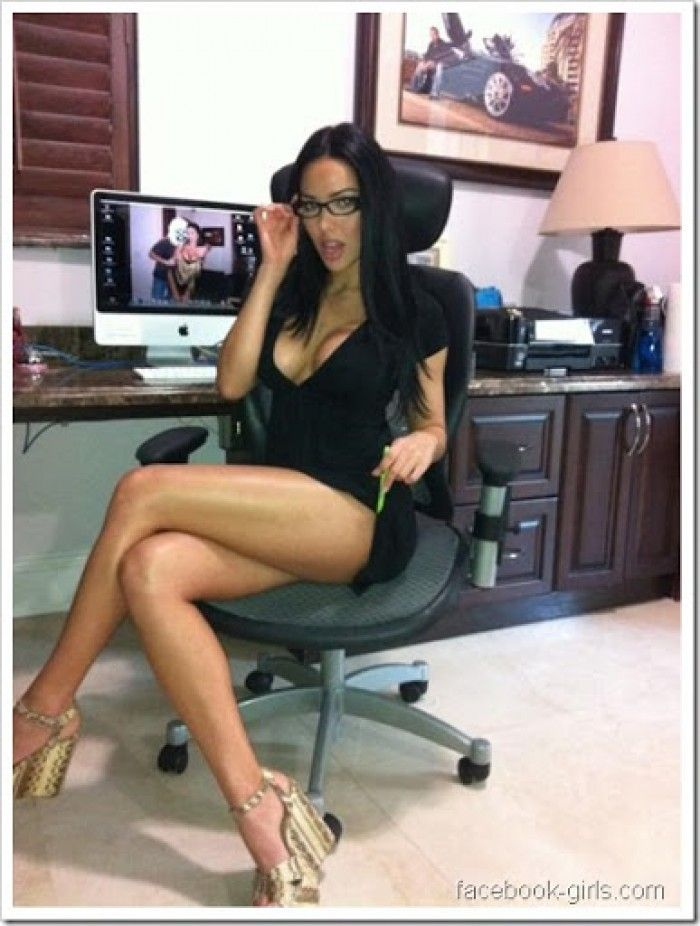 sexy womans hot sex in office