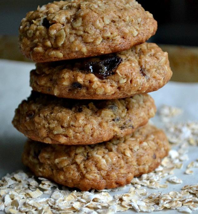 brown butter chai oatmeal raisin cookies | Sweet Tooth | Pinterest