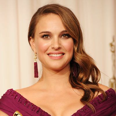Red Carpet Wedding Hairstyles From 2011 Natalie Portman At