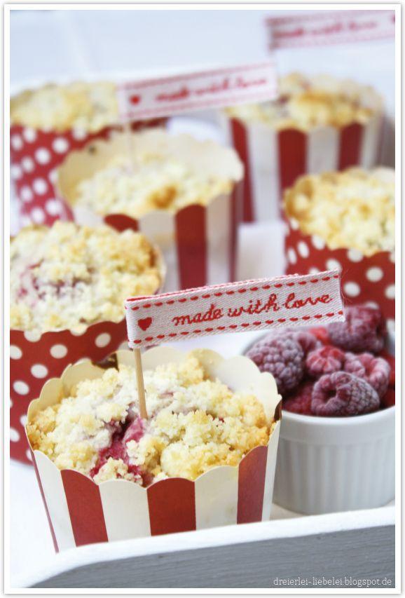 Himbeer-Streusel-Muffins von http://dreierlei-liebelei.blogspot.de