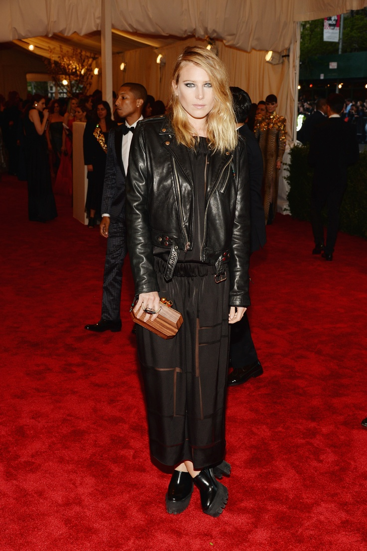 Dree Hemingway at the Met Gala in our Winter '13 black silk twill long sleeved dress, wooden box clutch and Kristy platform pump.