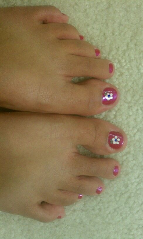 Cute pedicure for summer hair and makeup pinterest