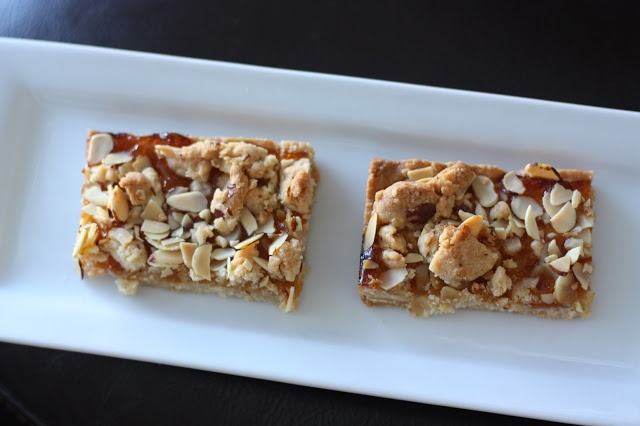 Week of Menus: Apricot Almond Shortbread Bars | Sweets | Pinterest