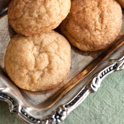 Humble Snickerdoodles get a five-star makeover with fragrant saffron ...