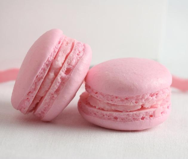strawberry-macarons-2 by sophistimom, via Flickr