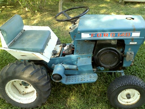 Old ford 140 lawn tractor mid 6039s misc riding mowers for Ford garden tractor