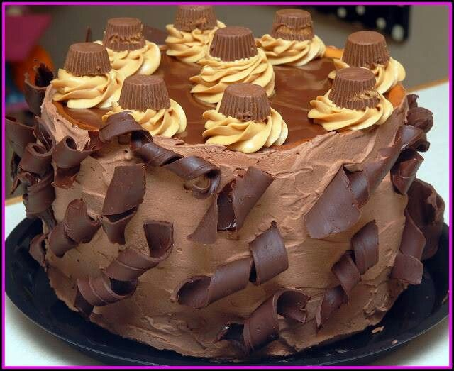 Peanut butter cup chocolate cheesecake | Rhesus pieces buttercups | P ...