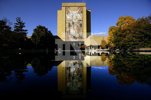 ... Library with reflecting pool | University of Notre Dame | Pi