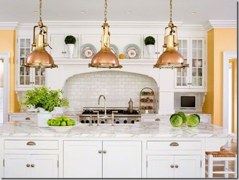 White + gold kitchen via Picklee. #laylagrayce #kitchen #gold