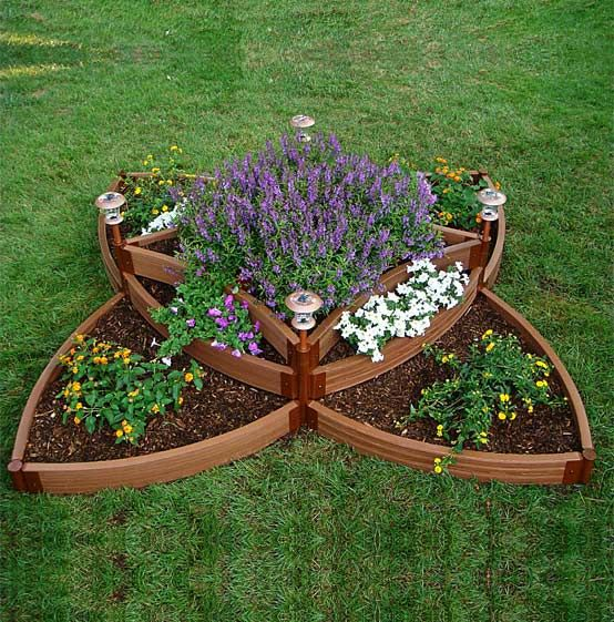 Flower bed ideas in wood frame des otthon kerti for Wooden flower bed ideas