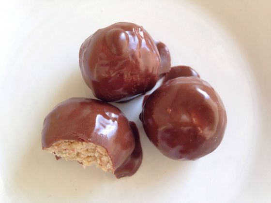 crispy chocolate peanut butter balls | Been There, Done That | Pinter ...