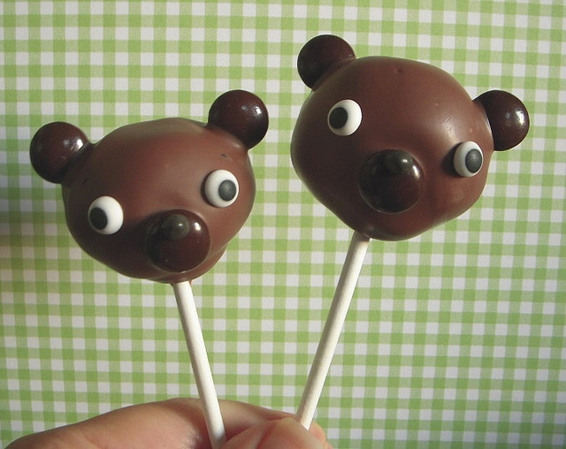 Papa and Baby Bear by papertreats, via Flickr