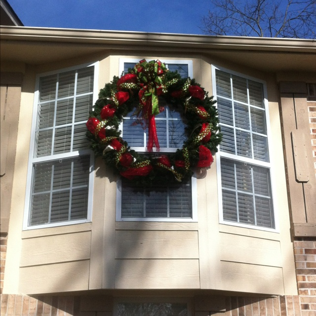 Bay window Christmas decoration | Holiday Decorating | Pinterest