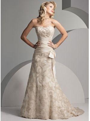 Belle Robe de mariée en dentelle  Robe de mariée dentelle ...