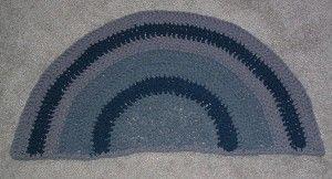 T-shirt yarn bath mat rug
