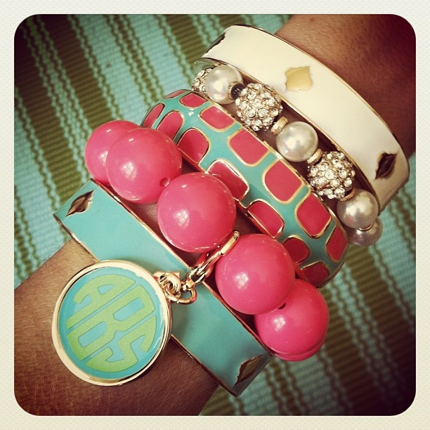 ahhh bracelets....my new obsession