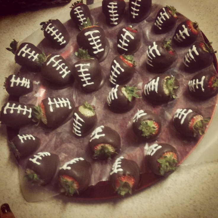 Chocolate covered strawberry footballs! | catering ideas | Pinterest