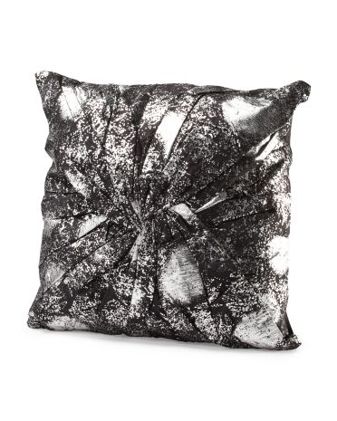 Decorative Pillows At Tj Maxx : Pin by Morgan McCants on Project: Home (Shopping) Pinterest