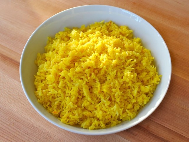 Saffron Rice from The Shiksa In The Kitchen - I used brown basmanti ...