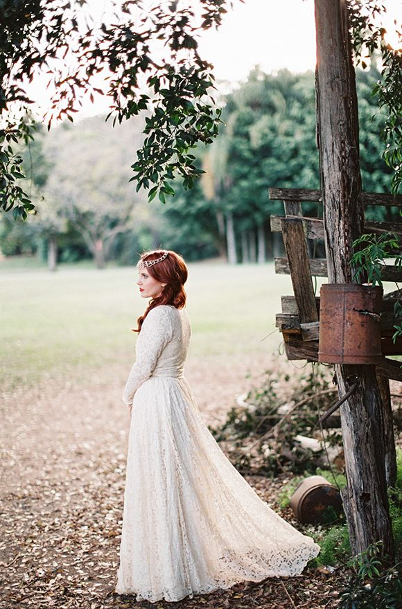Old Fashioned Wedding Dresses Photos : Wedding dress old fashioned lace flower girl dresses