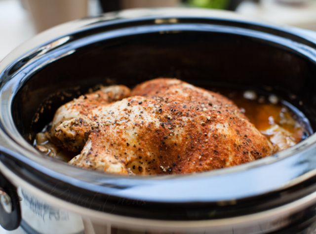 Slow Cooker {Roasted} Chicken | Cat's Dinner Recipes | Pinterest