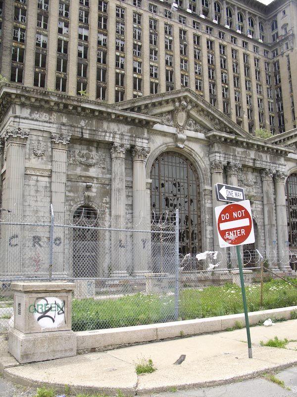 Detroit train station old train stations amp depots pinterest