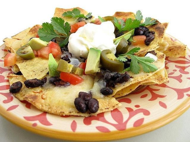 Black Bean Nachos | Variety of Food ítems! | Pinterest