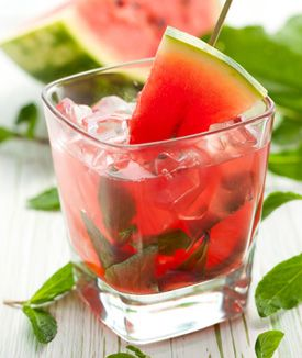 ... juicing recipes to refresh your routine #recipe #juice #cantaloupe