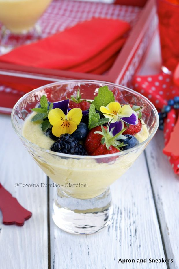... - Cooking & Traveling in Italy and Beyond: Lemon Cream With Berries