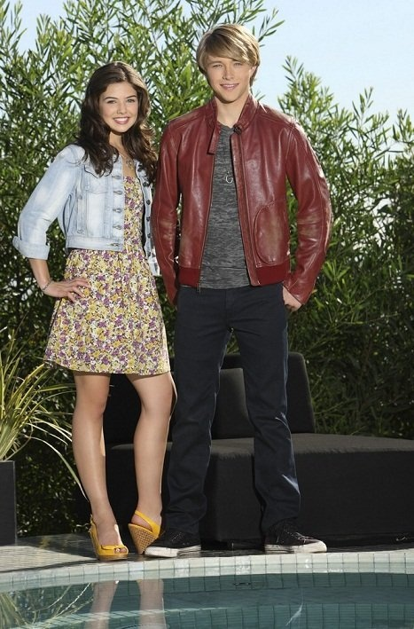 danielle campbell dating sterling knight According to our records, sterling knight is possibly single relationships sterling knight has been in relationships with ayla kell (2014), jessica bridgeman (2009 - 2010) and maddie cyrus (2007 - 2008) about sterling knight is a 29 year old american actor born sterling sandmann knight on 5th march, 1989 in houston, texas, usa, he is famous.