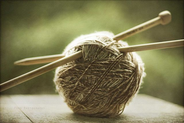 Knitting Wool And Needles : Ball of yarn and knitting needles i love