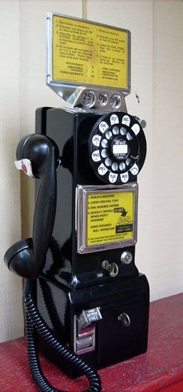 3 slot coin payphone
