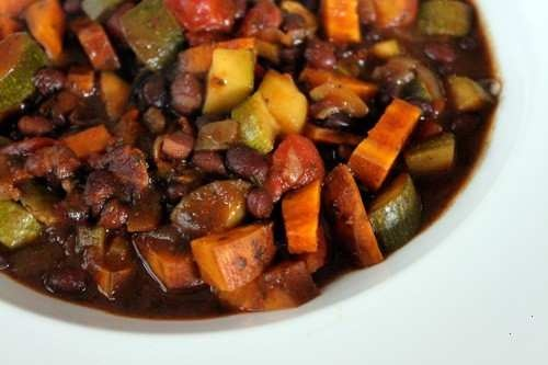 BLACK BEAN AND SWEET POTATO CHILI | Soup | Pinterest