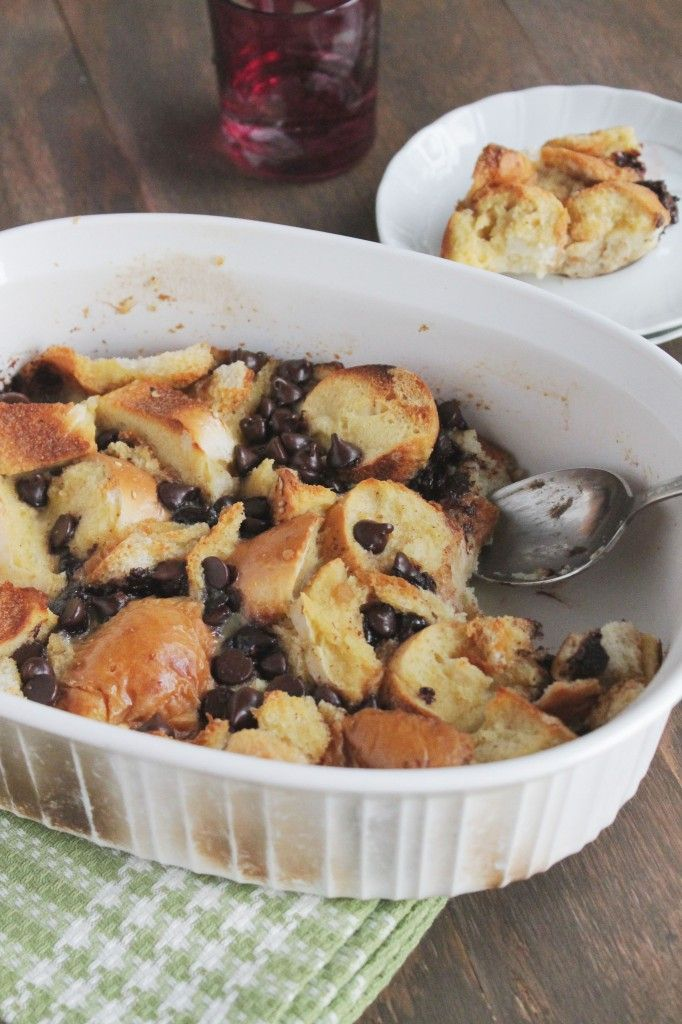 Chocolate Cinnamon Bread Pudding @Kate Petrovska | Diethood