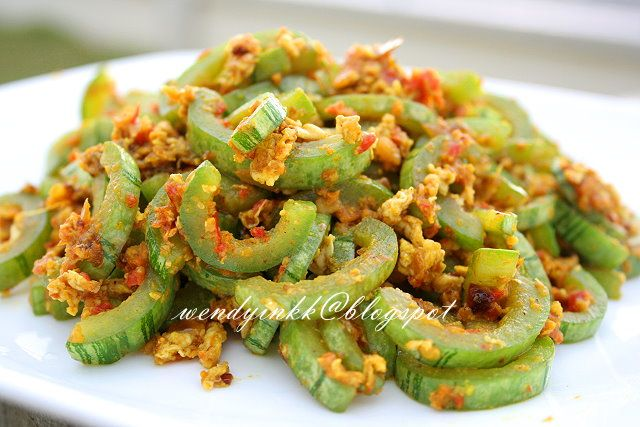 ... for 2.... or more: Snake Gourd with Spicy Eggs Stir Fry - Cucurbits #2