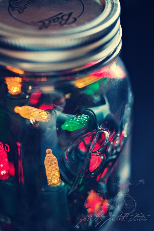 Christmas lights in a mason jar | Holidays | Pinterest