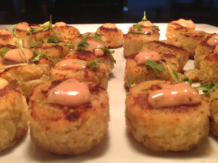 Mini Crab Cakes | Yum... | Appetizers & snacks | Pinterest
