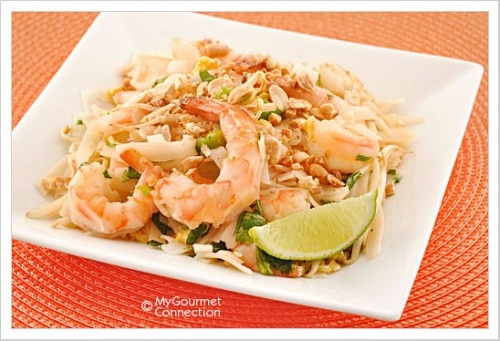 Quick and easy Shrimp Pad Thai | food and drink | Pinterest