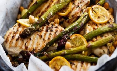 Lime Chicken with Chickpeas, Asparagus and Yoghurt Mint Sauce recipe ...