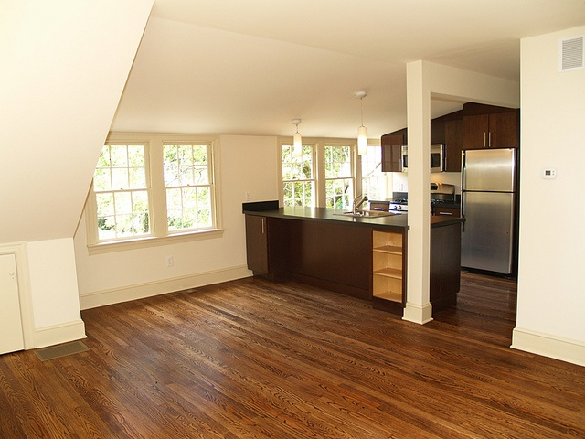 Garage apartment kitchen dining dream home pinterest for The garage loft apartments