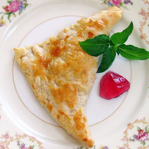 Savory Turnovers with Wine Jelly (chicken breast, puff pastry, cheese ...