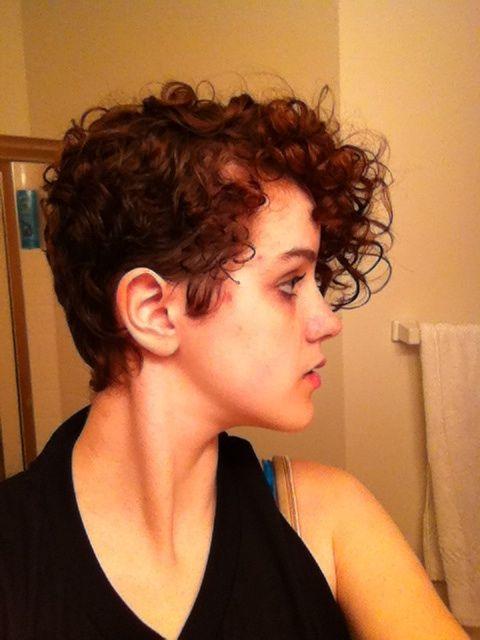 Curly pixie cut. | Pixie Hair- Curly Hair | Pinterest