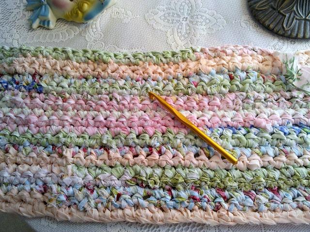 Crocheting Rag Rugs : CROCHET RAG RUG by Patsyquilt Crochet & Needlework Pinterest