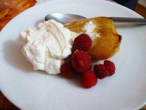 Honey-Vanilla Roasted Pears- i love the idea of this with vanilla ...