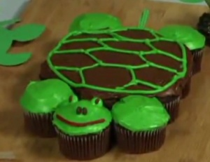 Easy to Make Pull Apart Turtle Cupcakes