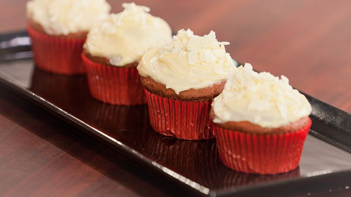 Red velvet muffins - I like the recipe for the cream cheese frosting!